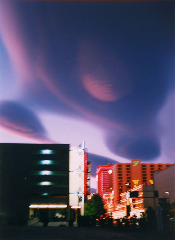 Lenticular Cloud, Reno